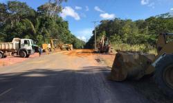 SEMINFRA realiza manutenção em estradas e ramais em todo o interior de Autazes